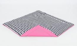 Hrací, přebalovací podložka 160x160cm - bílá/zigzag černý-růžová