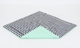 Hrací, přebalovací podložka 160x160cm - bílá/zigzag černý-mátová