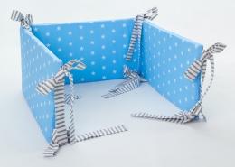 Mantinel na postýlku - modrý bílé hvězdičky, stuhy šedé proužky