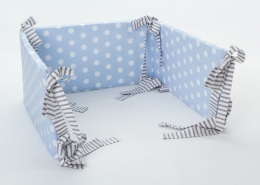 Mantinel na postýlku - modrý bílé puntíky, stuhy šedé proužky