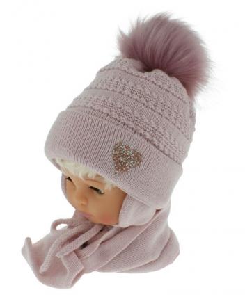 BABY NELLYS Zimní čepička s šálou - chlupáčková bambulka - pudrově růžová se srdíčkem