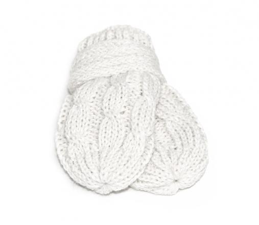BABY NELLYS Zimní pletené kojenecké rukavičky se vzorem - bílé