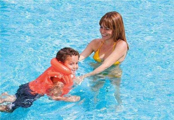 Nafukovací vesta plovací DELUXE oranžová 3-6 let