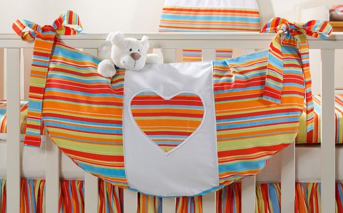 Luxusní kapsář na hračky - Srdíčko proužek pomeranč