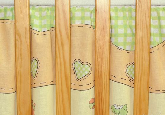 Krásný volánek pod matraci - Čáp zelený