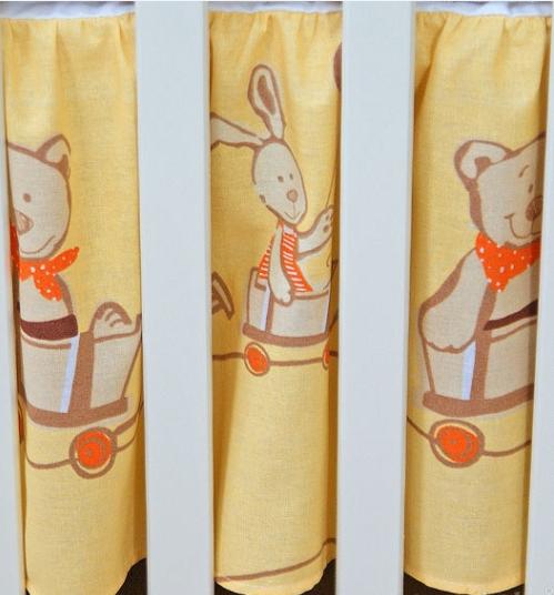 Krásný volánek pod matraci - Kamarádi v pomeranči