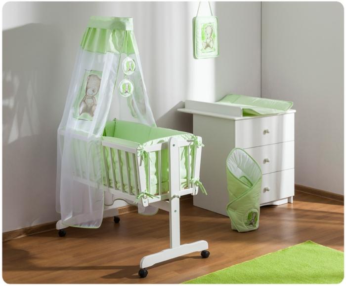 Dřevěná kolébka s plnou výbavou Sweet Dreams by Teddy - zelená