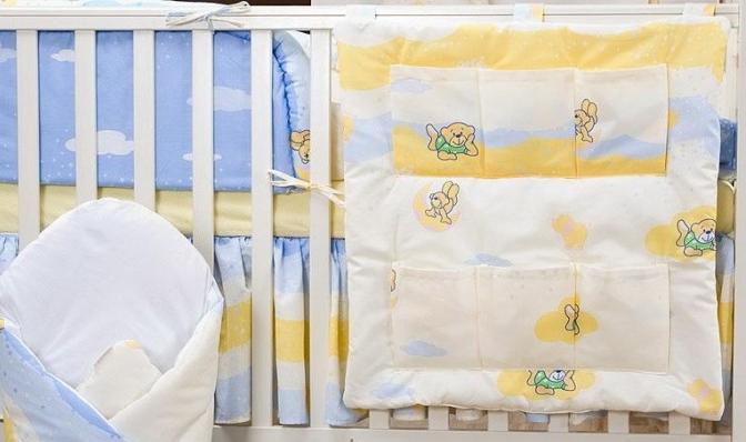 Krásný volánek pod matraci - Míša a kamarádi v modré