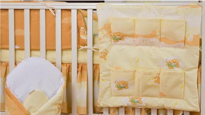 Krásný volánek pod matraci - Míša a kamarádi v krému